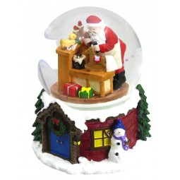 Snow globe Santas workshop