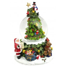 Snow globe tree with snowman