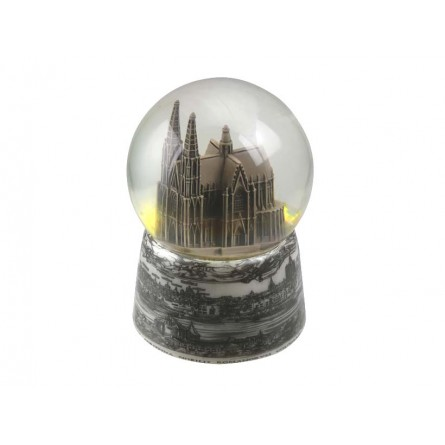 Snow globe Cologne Cathedral.