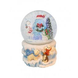 Snow globe polar bears scene