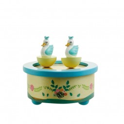 Wooden musicbox dancing swans