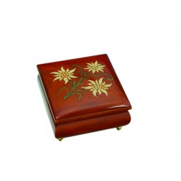 Square jewelry box with Edelweiss