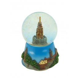 "Snow globe ""Nuremberg"" well with a nicely painted base"