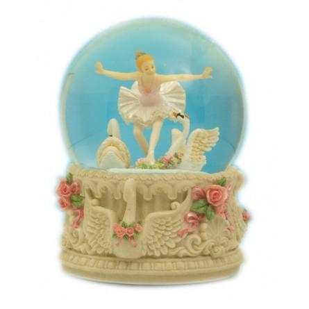Swan glitter globe