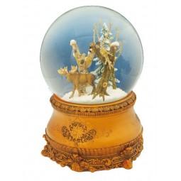 Moose snow globe