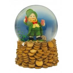Snow globe with Irish good luck charm