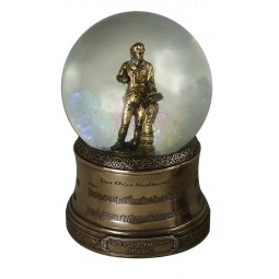 Glitter globe with a figure of Mozart
