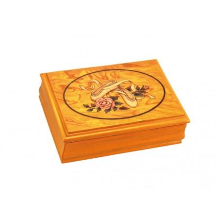 Jewlery box of wood ballerina