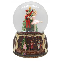 Snow globe nutcracker ballett