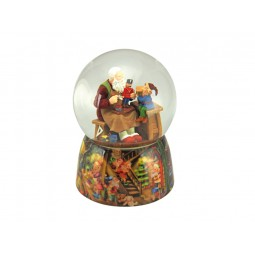 Snow globe Santa's workshop